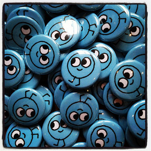 happy blue button