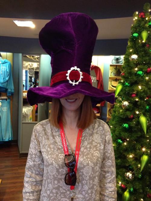 Carla Big Hat
