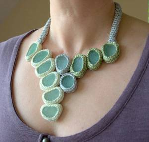 big disc necklace